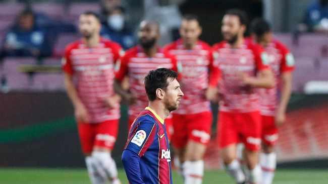 Barcelona stunned by Granada, blow chance to move top of La Liga