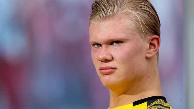 Erling Haaland is not for sale, Borussia Dortmund tell agent Mino Raiola