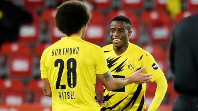 Youssoufa Moukoko becomes youngest Bundesliga scorer but Dortmund lose to Berlin