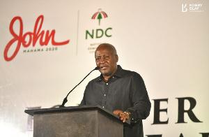 John Mahama has called the NPP economic experts hypocrites