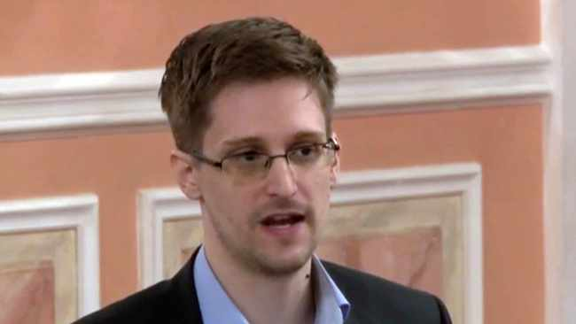 Be careful of the upcoming Apple feature, says Snowden