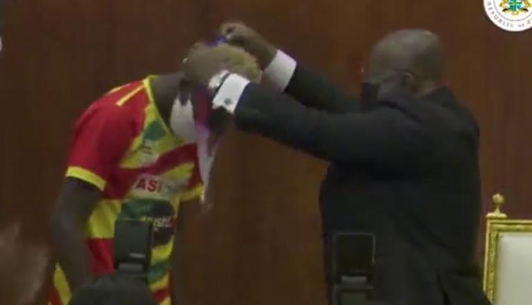 Akufo-Addo gifts bronze medalist Samuel Takyi a car, $10K