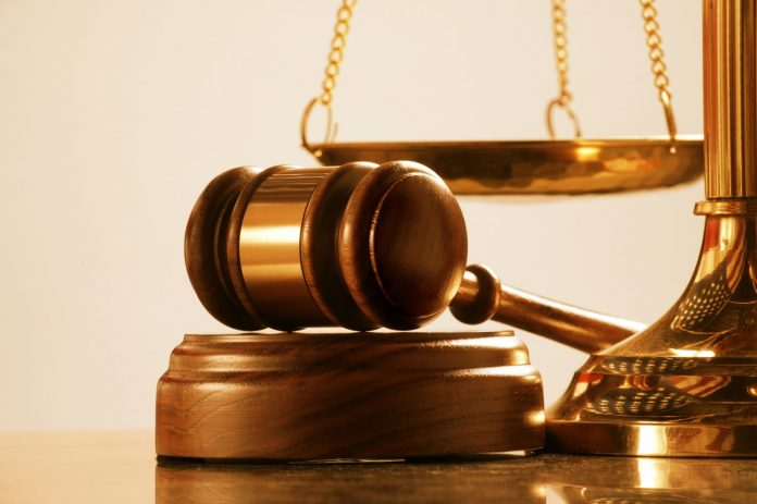 Woman sues two brothers for stoning her house at night