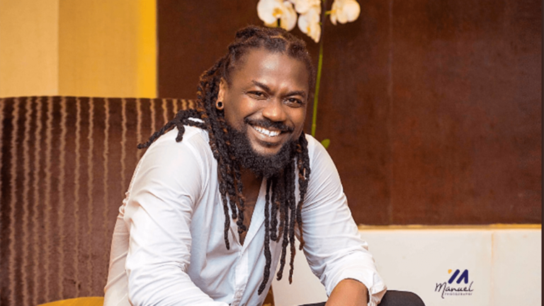 Samini flaunts all-grown sons with long rasta in cute family photo » ™