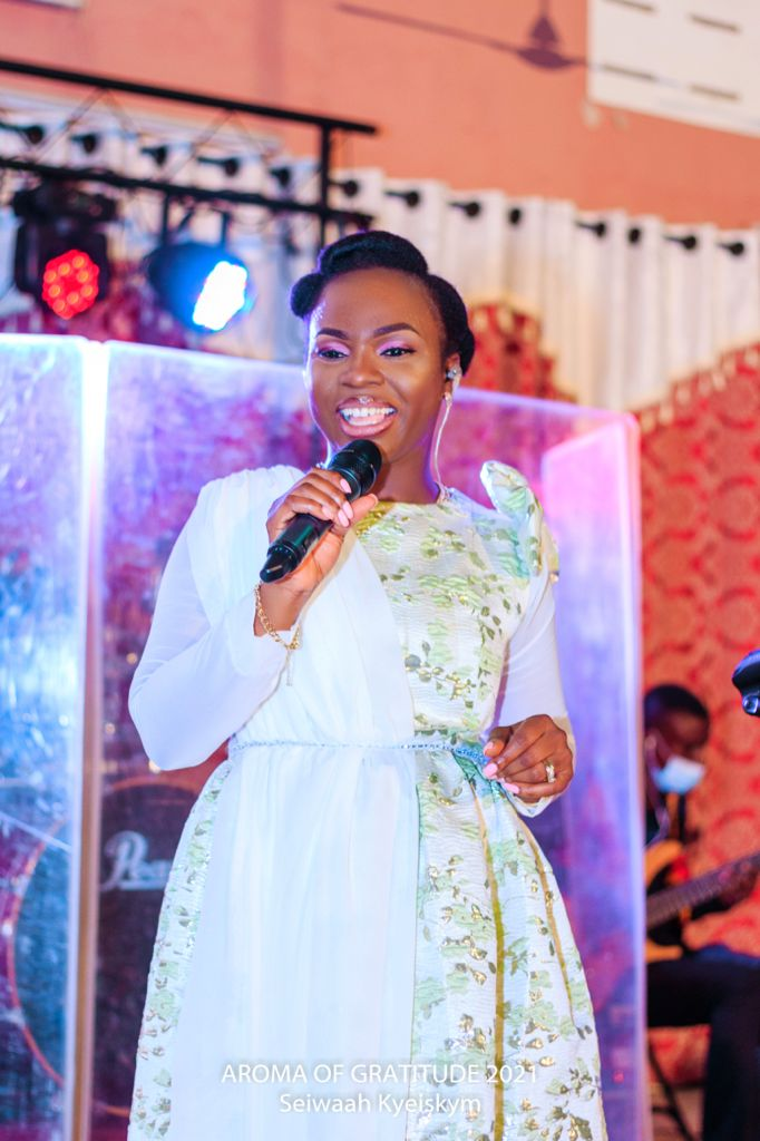 Minister Seiwaah Kyei thrills fans at Aroma of Gratitude concert