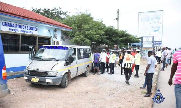 Police impound 22 vehicles at Kasoa tollbooth