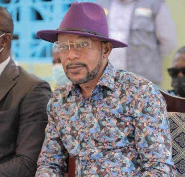 Rev. Owusu Bempah, junior pastors storm Agradaa's residence