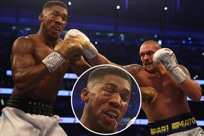 Anthony Joshua rushed to hospital after he was beaten heavily by Oleksandr Usyk in heavyweight bout (photos) » ™