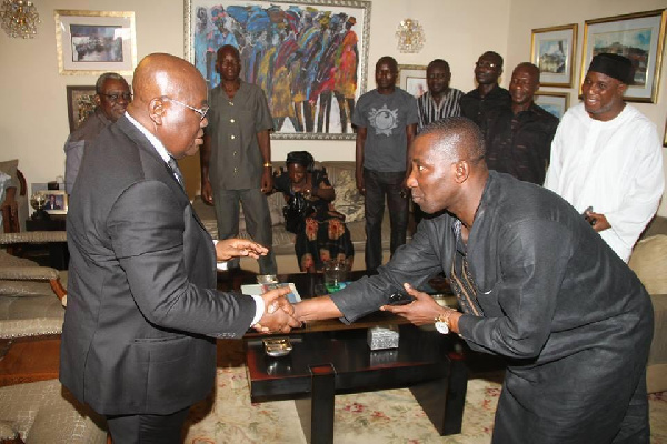 Manasseh Azure Awuni commends Kenpong for show of humility