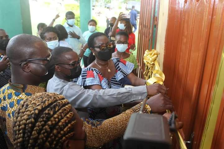 Ursula commissions ICT Lab for Sefwi Wiawso SHS