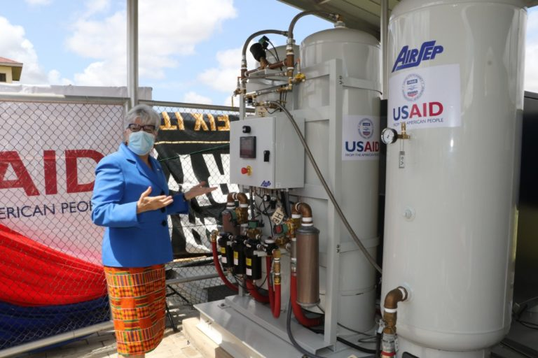 US government donates oxygen plant to Ghana Infectious Disease Centre