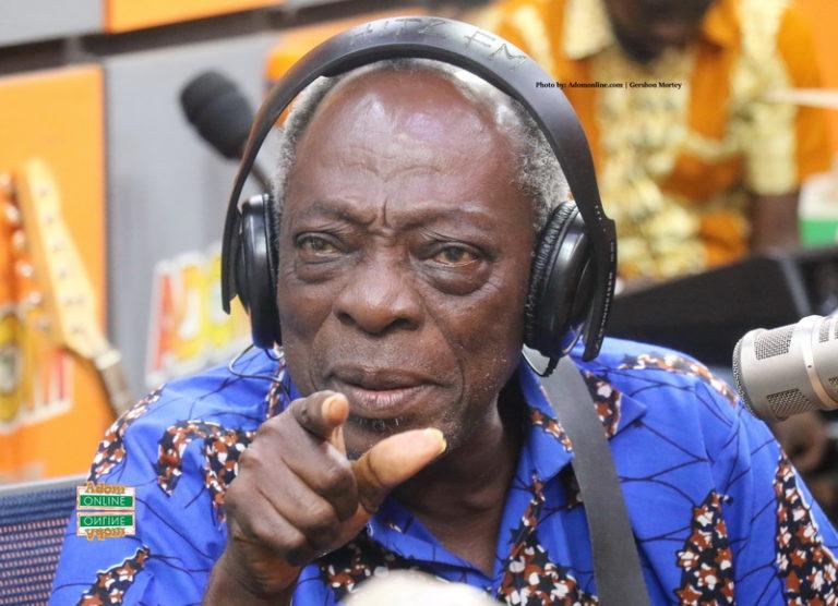 Family announces burial date for veteran actor 'Kohwe'