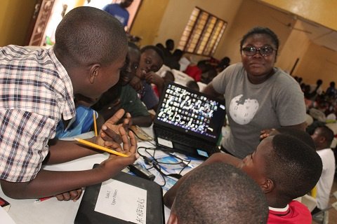 Governments urged to increase girls' digital literacy