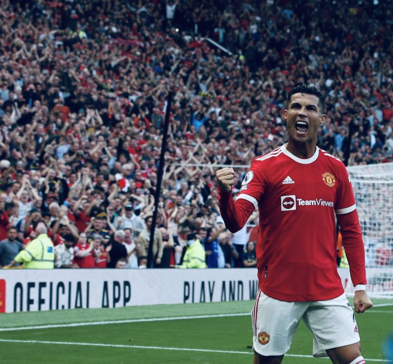 Cristiano Ronaldo beats Mohammed Salah, named as Premier League player of the month September » ™