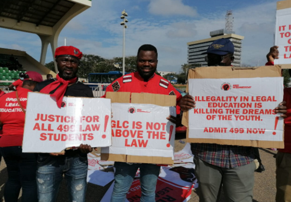 Law students hit the street to demonstrate