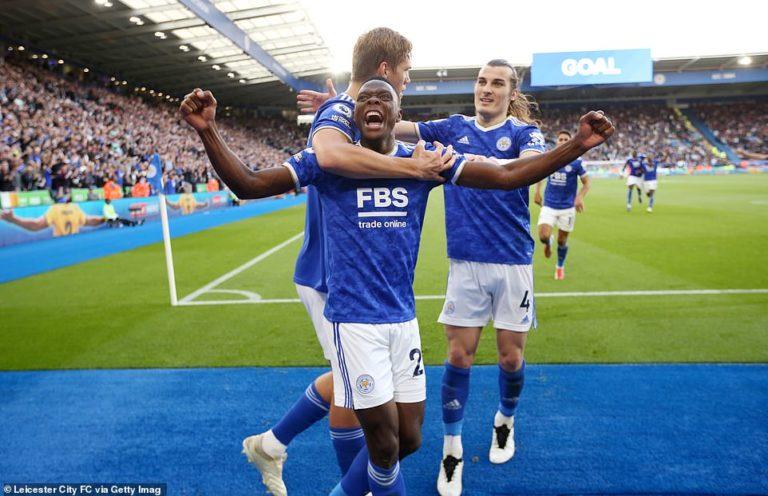 PL: Vardy and Daka strike late as Leicester City down Man Utd