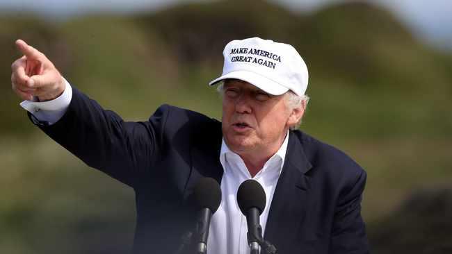 Trump faces new probe into New York golf club