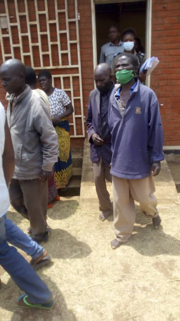 90-year-old defiles 2 granddaughters; claims victims 'seduced him'