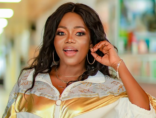 He must be old and ready to die within 2 years – Mzbel speaks about the kind of man she who would like to date [Video] » ™