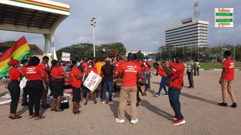 Law students hit streets over entrance exam saga [Photos]