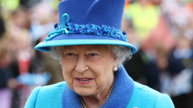 Queen Elizabeth expresses irritation at world leaders who won't commit to climate summit